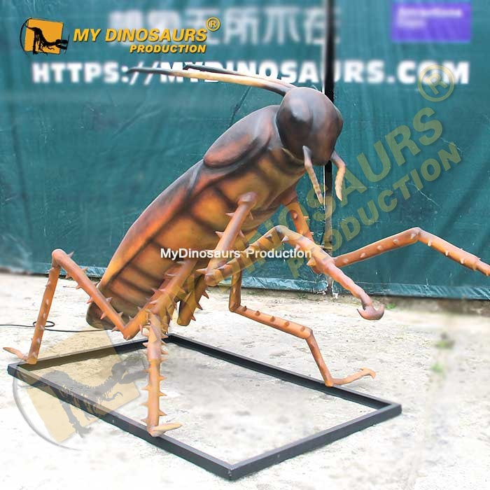 animatronic cockroach 4