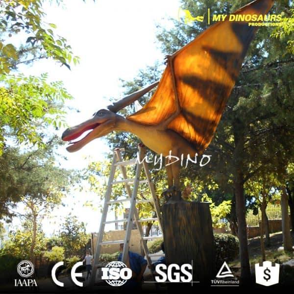 animatronic flying dinosaur