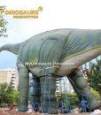 giant dinosaur brachiosaurus 2