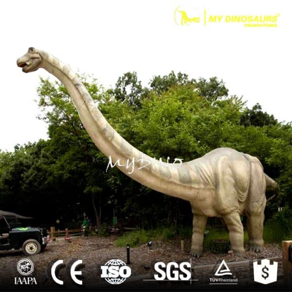 Lifelike Apatosaurus