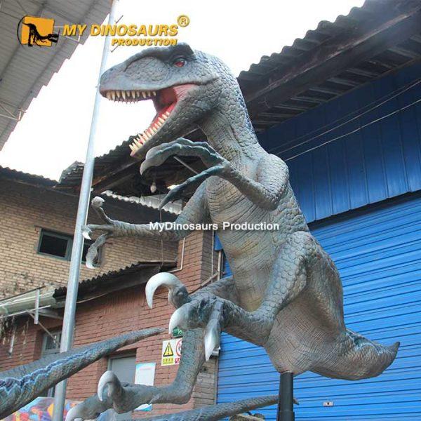 realistic raptor model 1