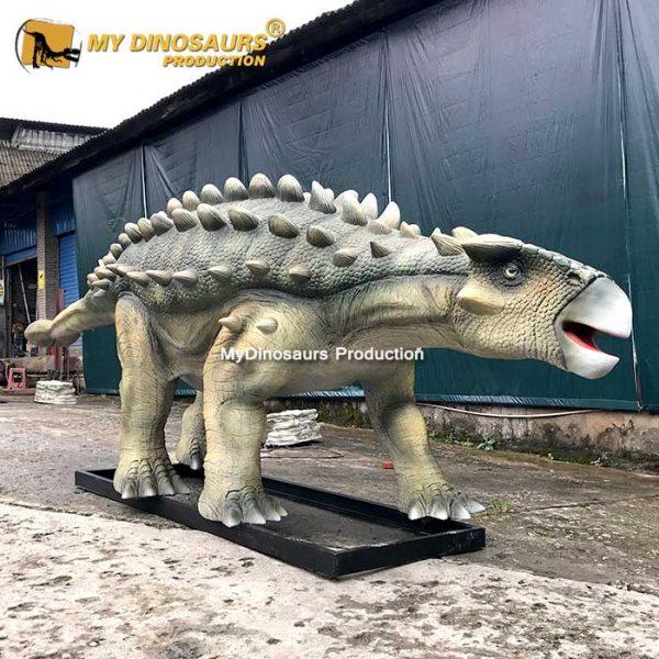 Life size Ankylosaur model 2