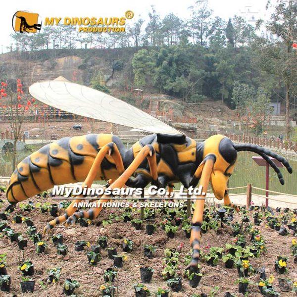 animatronic hornet