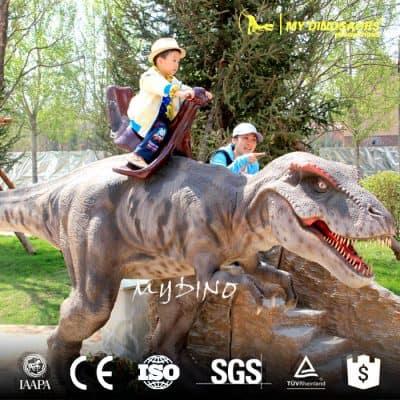 Park dinosaur rides