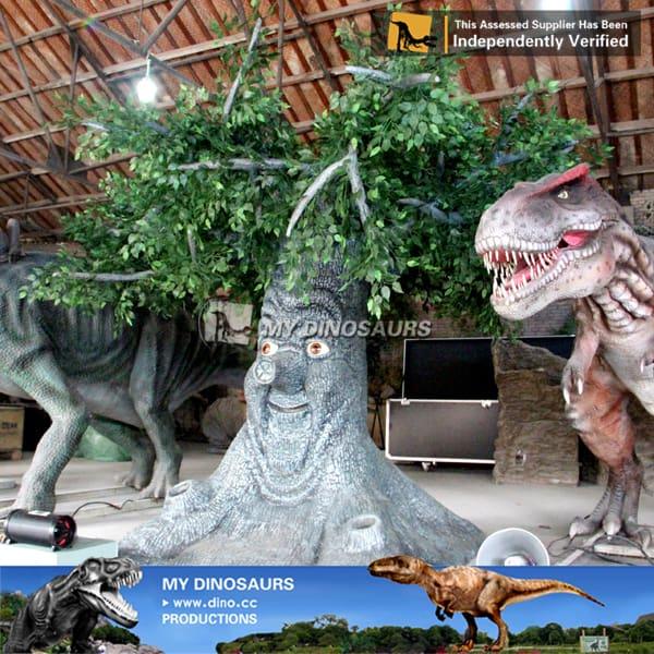 artificial animatronic talking tree