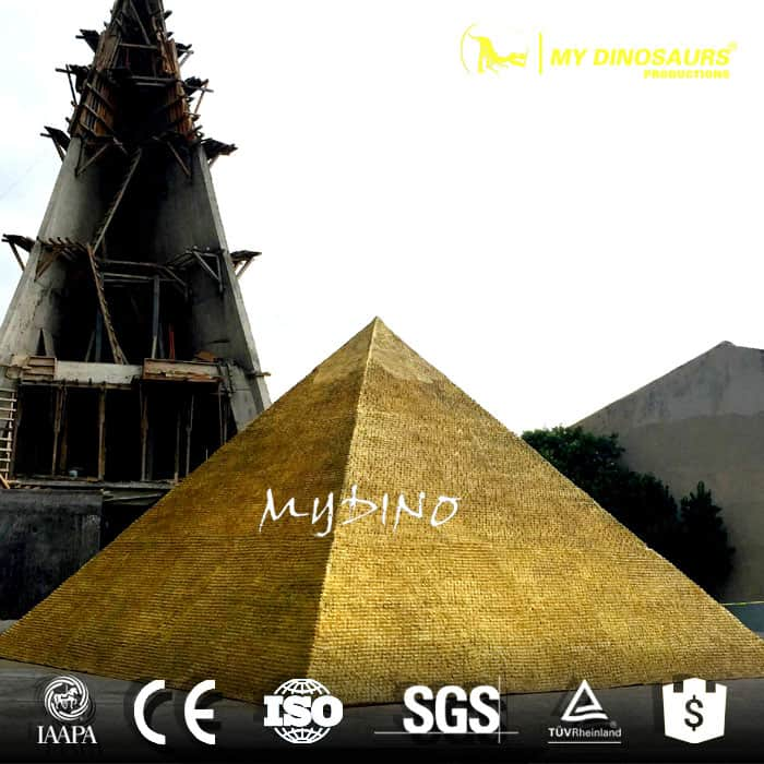 giza pyramid in miniature