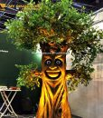animatronics talking tree