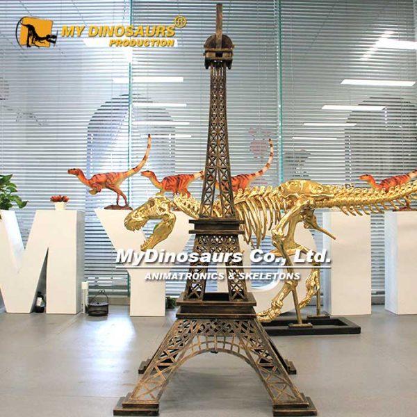 Mini Eiffel Tower 2