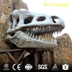 dinosaur park gate decoration