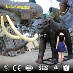 animals model mammoth 1