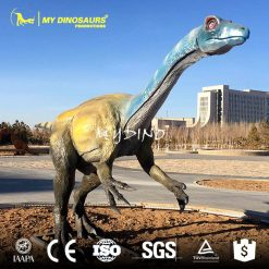 Dinosaur statue 23