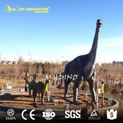Dinosaur statue 24
