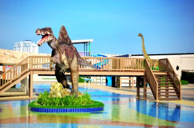 dinosaurs in hotel 4
