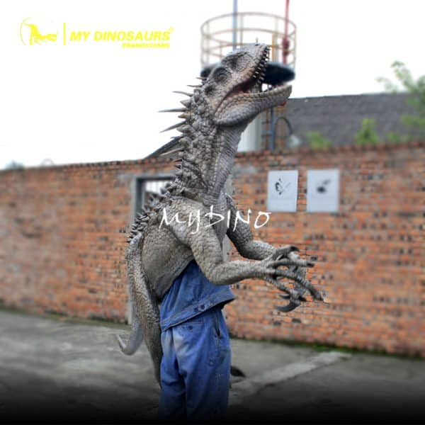 dinosaur arm puppet 1