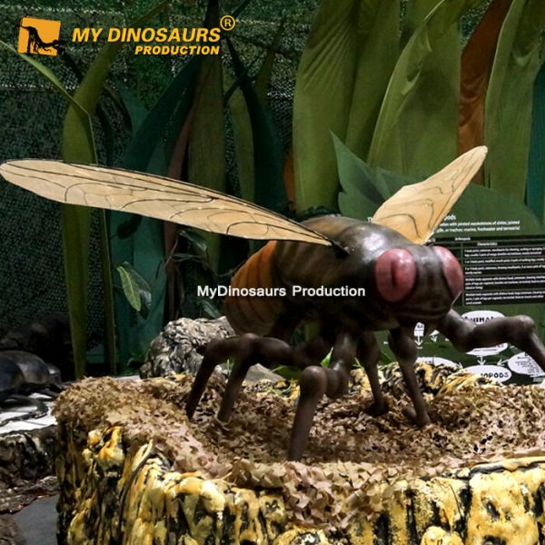 Animatronic insect fly