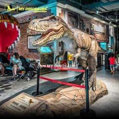 Realistic Dinosaur T rex