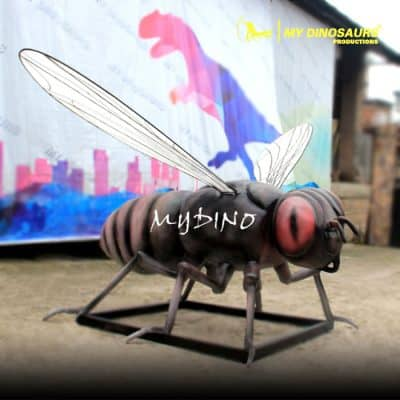 Insect statue 1