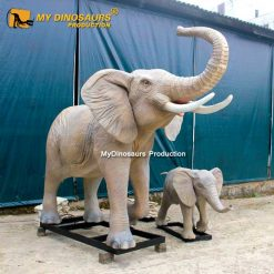 Robotic elephant with baby 1