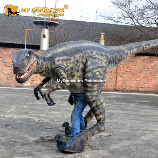 Velociraptor costume 4