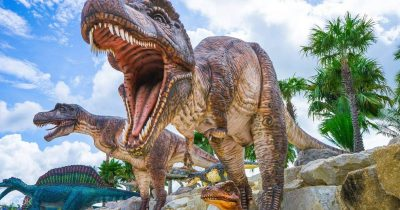 dinosaur garden statue