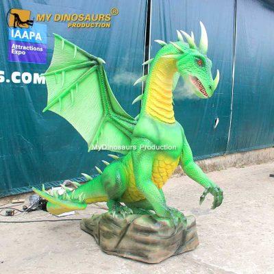 Smoky animatronic dragon