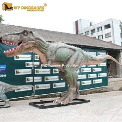 T Rex dinosaur statue.2