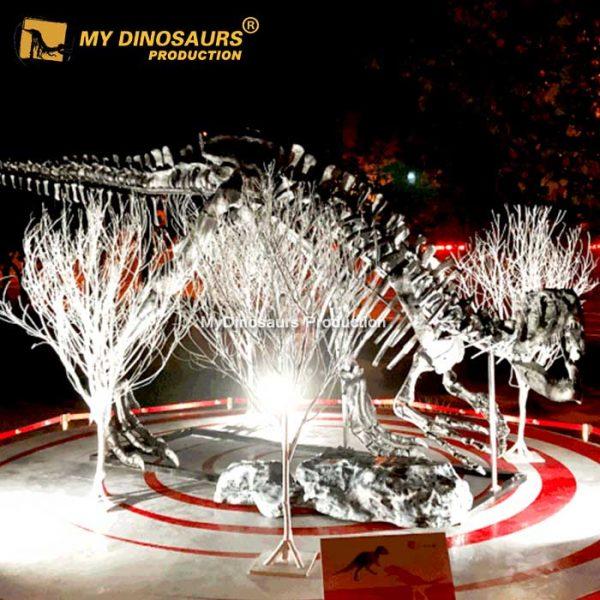 silver dinosaur skeleton 1