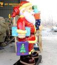 Life size Santa Claus Statue 1