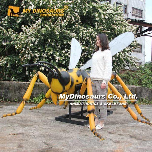 animatronic big wasps 2