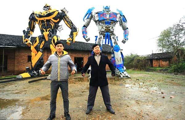 Making Huge Transformer Robots From Old Car Parts