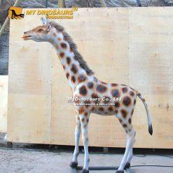 baby giraffe animatronic 2